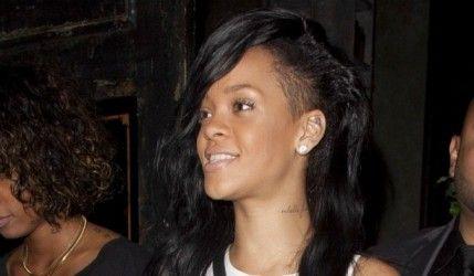 Rihanna presqu'au top en Topshop !